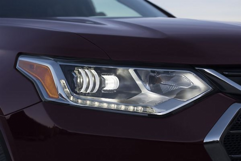led head lights on 2018 Chevrolet Traverse